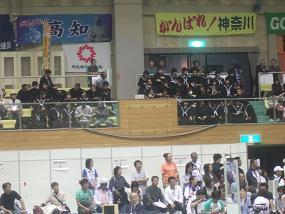 10・7観客中学生.JPG